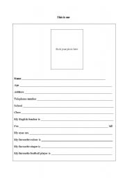 English Worksheets: This is me