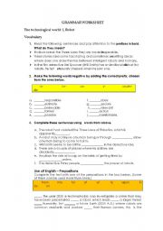 English Worksheet: I, robot Grammar Worksheet
