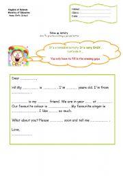 English Worksheet: a pen-pal letter