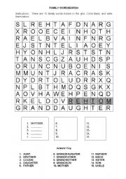 English Worksheet: family wordsearch