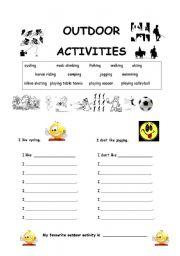 English Worksheet: Favourite Outdoor Activities