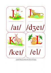 English Worksheet: My Phonetic Animal Alphabet Flash cards 5/7