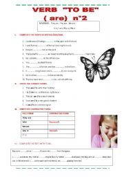 English Worksheets: Verb To Be  Plurals