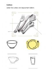 English Worksheet: Cutlery and table crockery