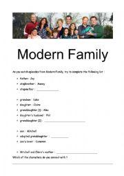 English Worksheet: Modern Family- Pilot