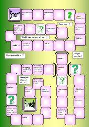 English Worksheet: Modal verbs of obligation