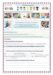 English Worksheets: volunteering kids
