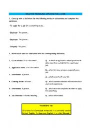 English Worksheet: RELATIVE PRONOUNS: APPLYING FOR A JOB!